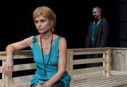 Гледайте Законът на Архимед в Малък градски театър Зад канала на 27-ми декември (четвъртък) от 19 часа! - Снимка