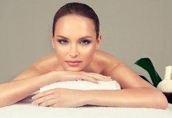 Релакс за цялото тяло с 60-минутен класически масаж във V&A Glamour Beauty Salon! - Снимка