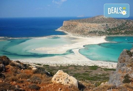 Почивка на о. Крит със Z Tour! Ранни резервации за 2019-та: 4 нощувки със закуски и вечери, самолетен билет, застраховка, летищни такси, трансфери - Снимка 2