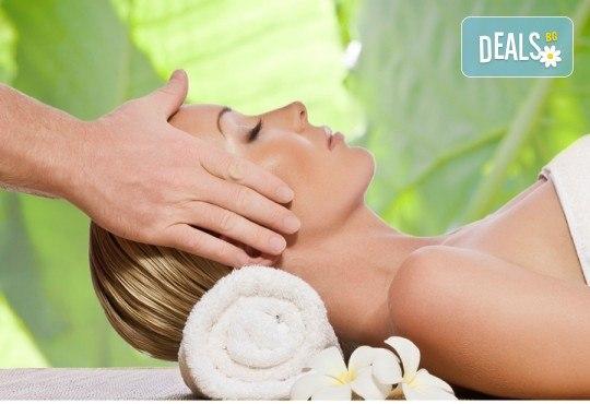 Китайски лечебен масаж на гръб и рефлексотерапия на ходила, длани и скалп в Студио за красота Juliet Marten - Снимка 2