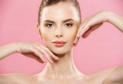 Всичко за лицето от А до Я! Терапия по избор, според индивидуалните нужди на всеки клиент: почистваща, анти-ейдж, против пигментни петна, анти-акне или хидратираща, във фризьоро-козметичен салон Вили! - Снимка
