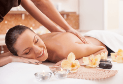 Релаксиращ масаж на цяло тяло с масло с аромат на шоколад и бонус: рефлексотерапия на глава, стъпала и длани във Фризьорски салон Moataz Style! - Снимка