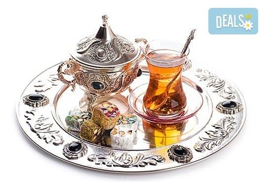 Предколеден уикенд в Одрин и Чорлу, Турция, с АБВ Травелс: 1 нощувка и закуска, транспорт, екскурзовод , панорамна обиколка и всички посещения по програмата - Снимка 1