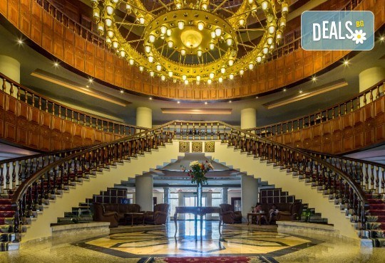 Last minute! Петзвездна Нова Година в Египет, Хургада, в хотел Emerald Resort and SPA, с Дрийм Холидейс! 7 нощувки на база All Inclusive, самолетен билет, трансфери - Снимка 4