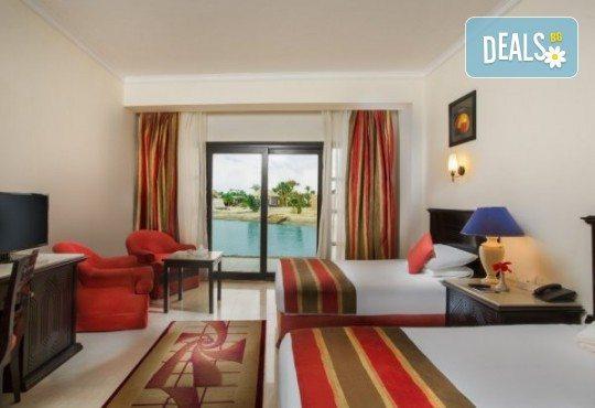 Last minute! Петзвездна Нова Година в Египет, Хургада, в хотел Emerald Resort and SPA, с Дрийм Холидейс! 7 нощувки на база All Inclusive, самолетен билет, трансфери - Снимка 7