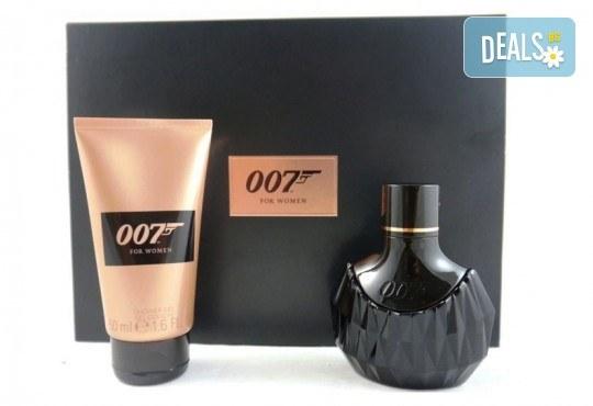 Страстно ухание! Вземете оригинален комплект James Bond 007 for Women - парфюм и душ гел! - Снимка 1