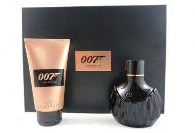 Страстно ухание! Вземете оригинален комплект James Bond 007 for Women - парфюм и душ гел! - Снимка