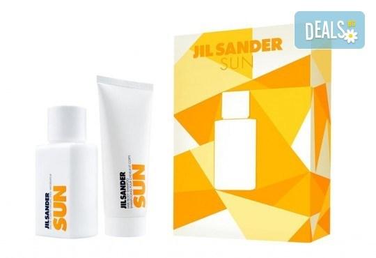 Стилен подарък! Вземете комплект Jil Sander Sun - тоалетна вода и лосион за тяло, с безплатна доставка за цялата страна! - Снимка 1