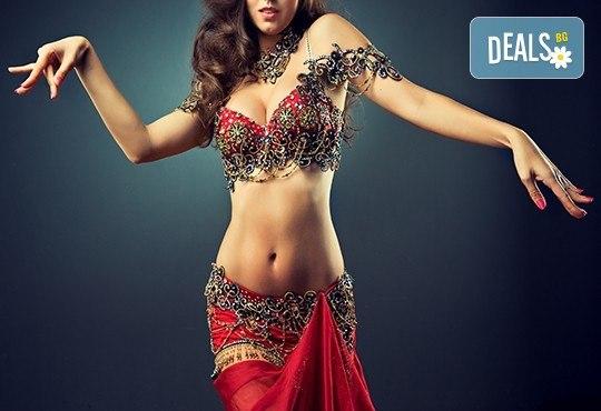 Ориенталска танцьорка за Вашето ергенско, фирмено или частно парти от Neo Productions! - Снимка 1