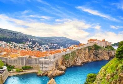 Есенна екскурзия до Черногорската ривиера и Дубровник! 4 нощувки със закуски и вечери, транспорт, фотопауза на Шкодренското езеро и каньона на река Морача!
