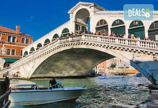 Романтика в Италия! Екскурзия до Венеция с 3 нощувки и закуски в хотел 3*, транспорт и възможност за посещение на Верона, Сирмионе и Падуа! - Снимка 4