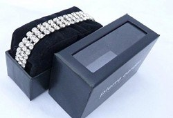 Нежен подарък за любимата жена! Гривна Pierre Cardin с кристали Swarovski в сребристо! - Снимка