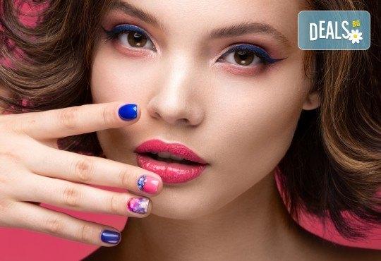 Красиви цветове и дълготрайност с маникюр с гел лак на Bluesky и Veanail с до 4 декорации от V and A Glamour! - Снимка 3