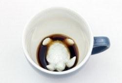 Вземете синя керамична чаша с костенурка и зарадвайте близък човек с повод или без! - Снимка