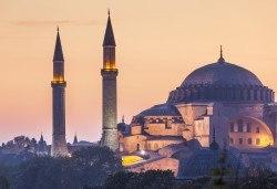 До Истанбул и Одрин през февруари със Запрянов Травел! 2 нощувки със закуски в хотел 3*, транспорт, посещение на МОЛ Истанбул - Снимка
