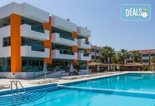 Ранни записвания за Майски празници в La Santa Maria Hotel 4* в Кушадасъ - 5 нощувки на база All Inclusive, възможност за транспорт! - Снимка 1