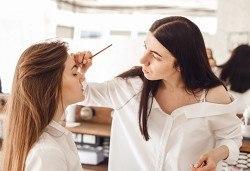 Курс за оформяне на вежди с къна и конец Hena Brows в NSB Beauty Center! - Снимка