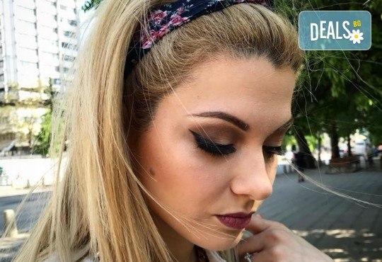 Професионален грим за сватби, официални събития и специални поводи с козметика на MAC, NYX, Inglot и др. от гримьор Елица Толева в Benefit Hair Studio by Tatiana! - Снимка 4