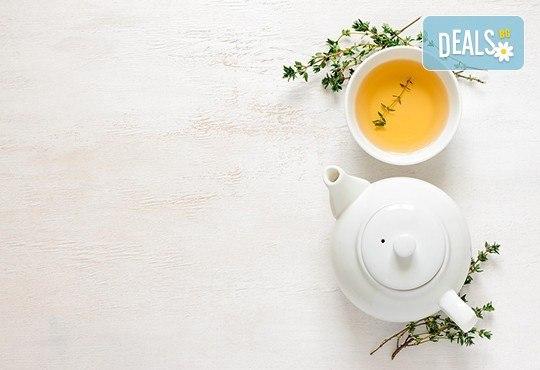 Здраве и СПА! Синхронен масаж за двама, маска за очи, билкови масла, ароматен чай + сауна в SPA център Senses Massage & Recreation! - Снимка 3