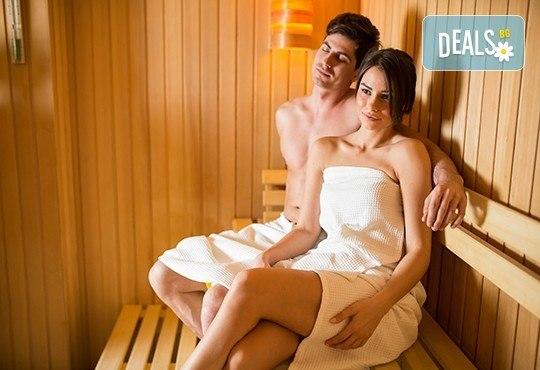 Здраве и СПА! Синхронен масаж за двама, маска за очи, билкови масла, ароматен чай + сауна в SPA център Senses Massage & Recreation! - Снимка 2