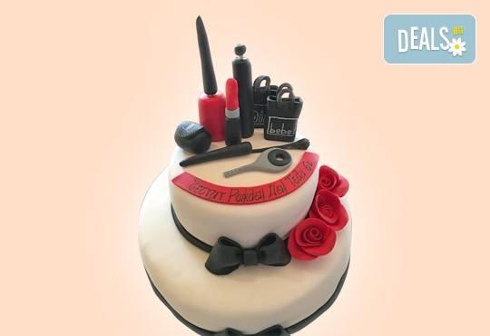 Торта за професионалисти! Вкусна торта за фризьори, IT специалисти, съдии, футболисти, режисьори, музиканти и други професии от Сладкарница Джорджо Джани! - Снимка 27