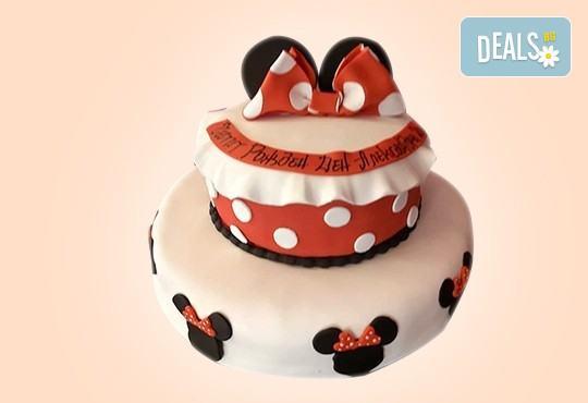 С доставка през април, май и юни! Торти за момичета с 3D дизайн с еднорог или друг приказен герой от сладкарница Джорджо Джани - Снимка 46
