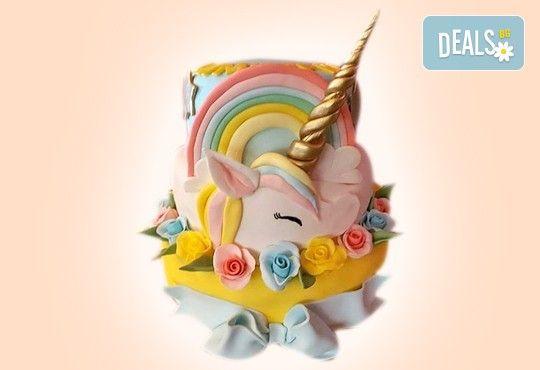 С доставка през април, май и юни! Торти за момичета с 3D дизайн с еднорог или друг приказен герой от сладкарница Джорджо Джани - Снимка 2