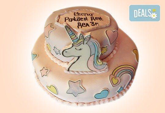 С доставка през април, май и юни! Торти за момичета с 3D дизайн с еднорог или друг приказен герой от сладкарница Джорджо Джани - Снимка 11