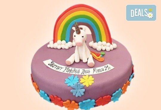 С доставка през април, май и юни! Торти за момичета с 3D дизайн с еднорог или друг приказен герой от сладкарница Джорджо Джани - Снимка 5