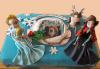 С доставка през април, май и юни! Елза и Анна: тематична 3D торта Замръзналото кралство от 12 до 37 парчетата - кръгла, голяма правоъгълна или триизмерна кукла Елза от Сладкарница Джорджо Джани - thumb 3