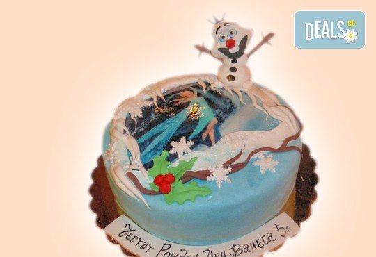 С доставка през април, май и юни! Елза и Анна: тематична 3D торта Замръзналото кралство от 12 до 37 парчетата - кръгла, голяма правоъгълна или триизмерна кукла Елза от Сладкарница Джорджо Джани - Снимка 9