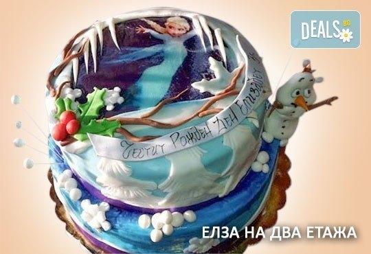 С доставка през април, май и юни! Елза и Анна: тематична 3D торта Замръзналото кралство от 12 до 37 парчетата - кръгла, голяма правоъгълна или триизмерна кукла Елза от Сладкарница Джорджо Джани - Снимка 4