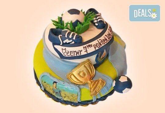 За момчета! Детска 3D торта за момчета с коли и герои от филмчета с ръчно моделирана декорация от Сладкарница Джорджо Джани - Снимка 37