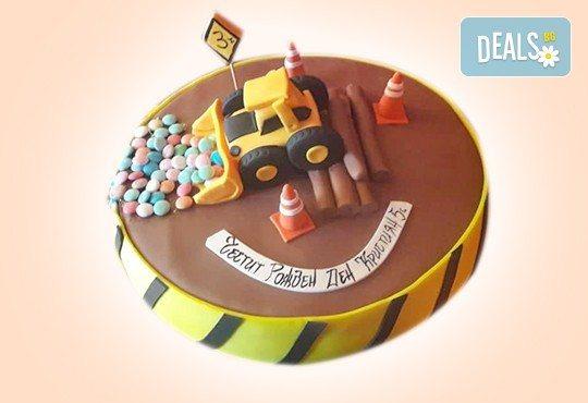 С доставка през април, май и юни! За момчета: детска 3D торта за момчета с коли и герои от филмчета с ръчно моделирана декорация от Сладкарница Джорджо Джани - Снимка 44
