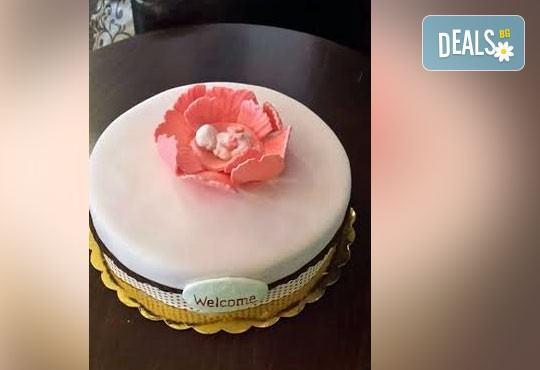 Честито бебе! Торта за изписване от родилния дом, за 1-ви рожден ден или за прощъпулник! Специална оферта на Сладкарница Джорджо Джани! - Снимка 33