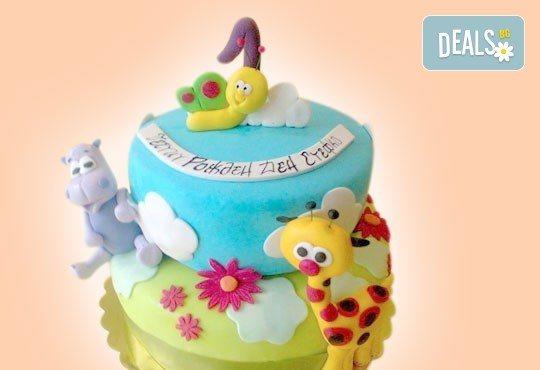 За най-малките! Детска торта с Мечо Пух, Смърфовете, Спондж Боб и други герои от Сладкарница Джорджо Джани - Снимка 44