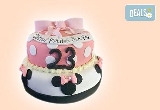 С доставка през април, май и юни! Детска АРТ торта с фигурална ръчно изработена декорация с любими на децата герои от Сладкарница Джорджо Джани - Снимка 62