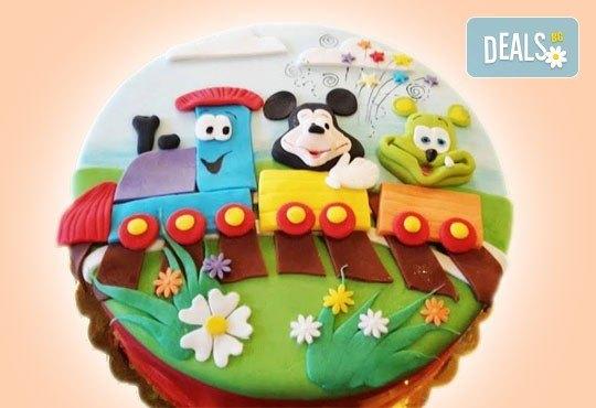 С доставка през април, май и юни! Детска АРТ торта с фигурална ръчно изработена декорация с любими на децата герои от Сладкарница Джорджо Джани - Снимка 38