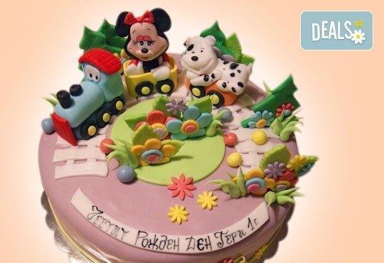 С доставка през април, май и юни! Детска АРТ торта с фигурална ръчно изработена декорация с любими на децата герои от Сладкарница Джорджо Джани - Снимка 71