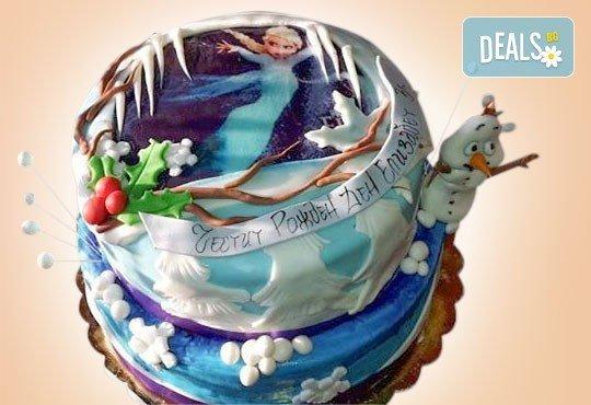 С доставка през април, май и юни! Детска АРТ торта с фигурална ръчно изработена декорация с любими на децата герои от Сладкарница Джорджо Джани - Снимка 41