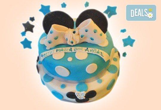 С доставка през април, май и юни! Детска АРТ торта с фигурална ръчно изработена декорация с любими на децата герои от Сладкарница Джорджо Джани - Снимка 27
