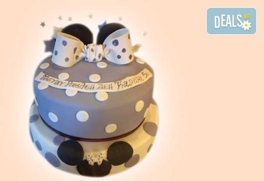 С доставка през април, май и юни! Детска АРТ торта с фигурална ръчно изработена декорация с любими на децата герои от Сладкарница Джорджо Джани - Снимка 76