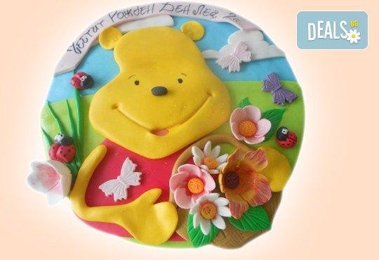 С доставка през април, май и юни! Детска АРТ торта с фигурална ръчно изработена декорация с любими на децата герои от Сладкарница Джорджо Джани - Снимка 81