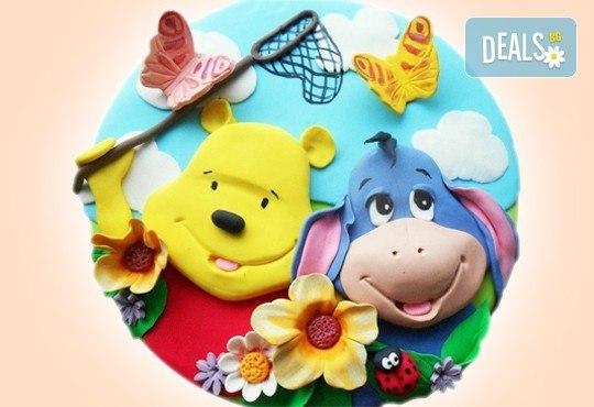 С доставка през април, май и юни! Детска АРТ торта с фигурална ръчно изработена декорация с любими на децата герои от Сладкарница Джорджо Джани - Снимка 48