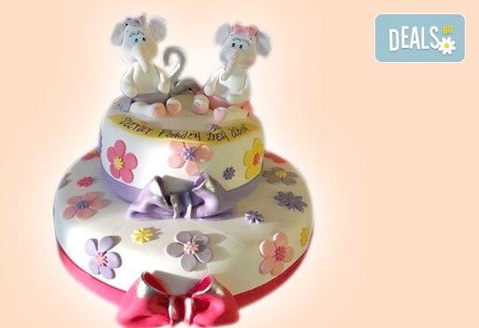 С доставка през април, май и юни! Детска АРТ торта с фигурална ръчно изработена декорация с любими на децата герои от Сладкарница Джорджо Джани - Снимка 28