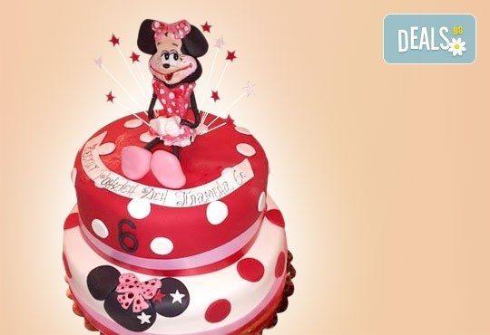 С доставка през април, май и юни! Детска АРТ торта с фигурална ръчно изработена декорация с любими на децата герои от Сладкарница Джорджо Джани - Снимка 47