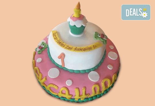 С доставка през април, май и юни! Детска АРТ торта с фигурална ръчно изработена декорация с любими на децата герои от Сладкарница Джорджо Джани - Снимка 24