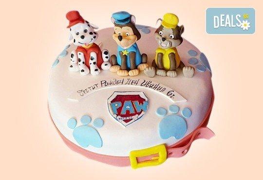 С доставка през април, май и юни! Детска АРТ торта с фигурална ръчно изработена декорация с любими на децата герои от Сладкарница Джорджо Джани - Снимка 10