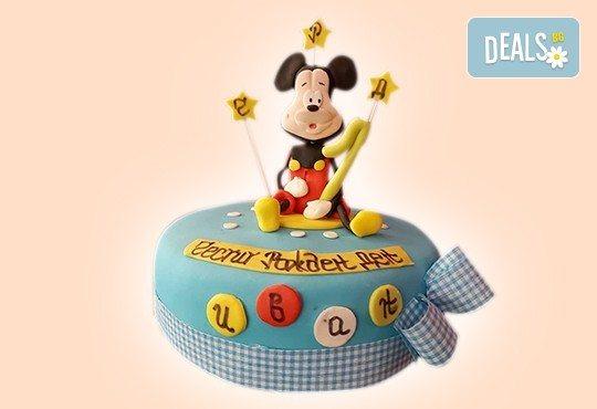 С доставка през април, май и юни! Детска АРТ торта с фигурална ръчно изработена декорация с любими на децата герои от Сладкарница Джорджо Джани - Снимка 9