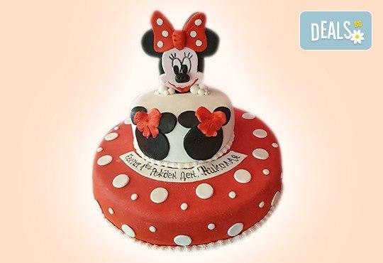 С доставка през април, май и юни! Детска АРТ торта с фигурална ръчно изработена декорация с любими на децата герои от Сладкарница Джорджо Джани - Снимка 2